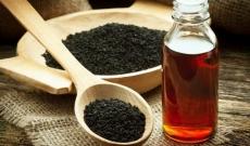Olej z czarnuszki - jak  i na co stosować ?